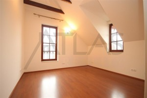 ložnice - Pronájem luxusního bytu 3+kk, 111 m2 v novostavbě s bazénem Praha 6 - Troja