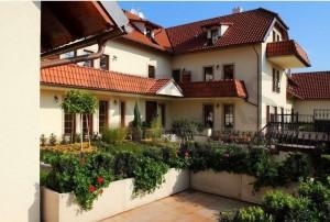 Pronájem bytu 3+kk, 111 m² Praha 7 Troja Povltavská