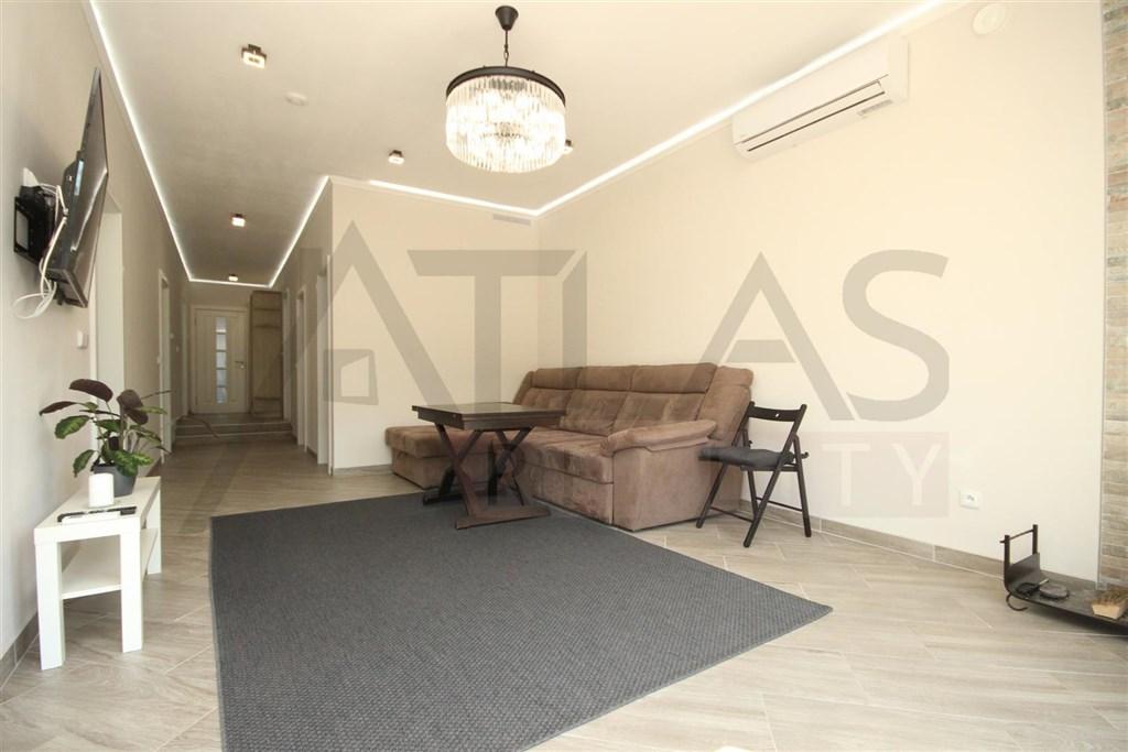 Prodej bytu 3+1, 78 m² Praha – Podolí, Kaplická