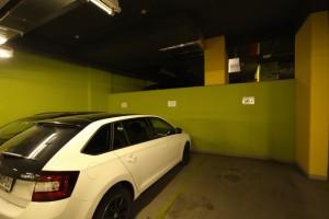garážové stání na prodej - Prodej bytu 3+1, 78 m² Praha – Podolí, Kaplická