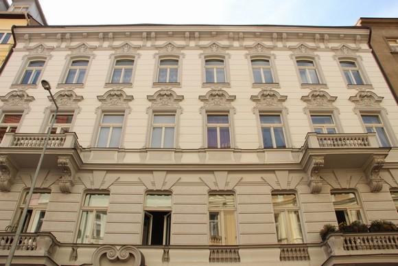 Společenství vlastníků jednotek Biskupcova 36 , Praha IČO 24810932