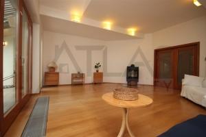 Prodej bytu 2+1, Praha 8 - Libeň, V podvrší