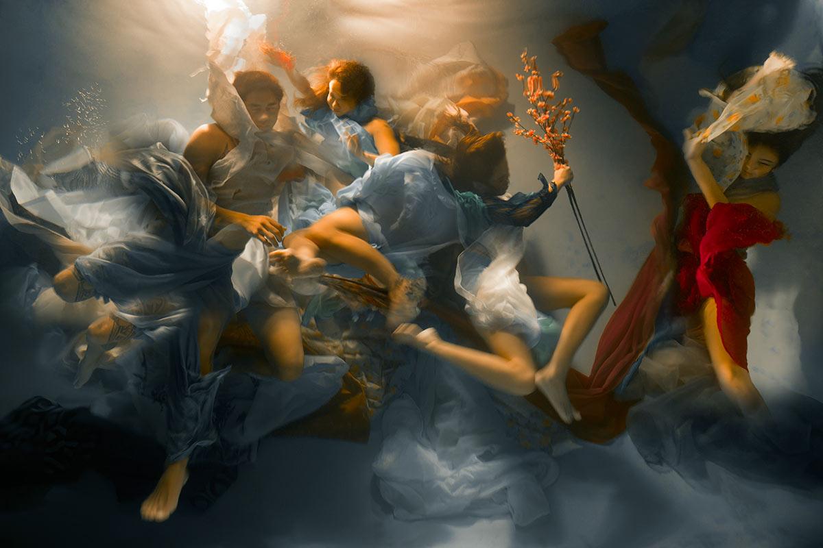 americká podvodní umělecká fotografka Christy Lee Rogers – scientologie umělci