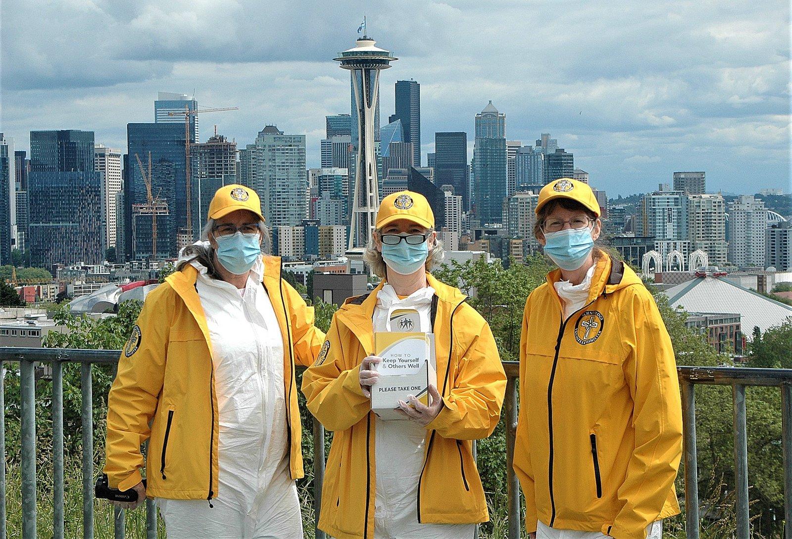 Scientologové z Seattlu pomáhají jejich komunitě zůstat zdraví